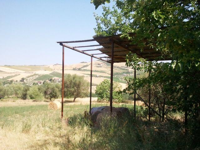 Rustico / Casale in discrete condizioni in vendita Rif. 4145608
