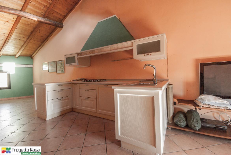 Appartamento ristrutturato in vendita Rif. 4161606