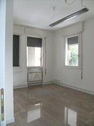 Appartamento in Vendita a Padova, zona San Carlo, 85'000€, 100 m², con Box