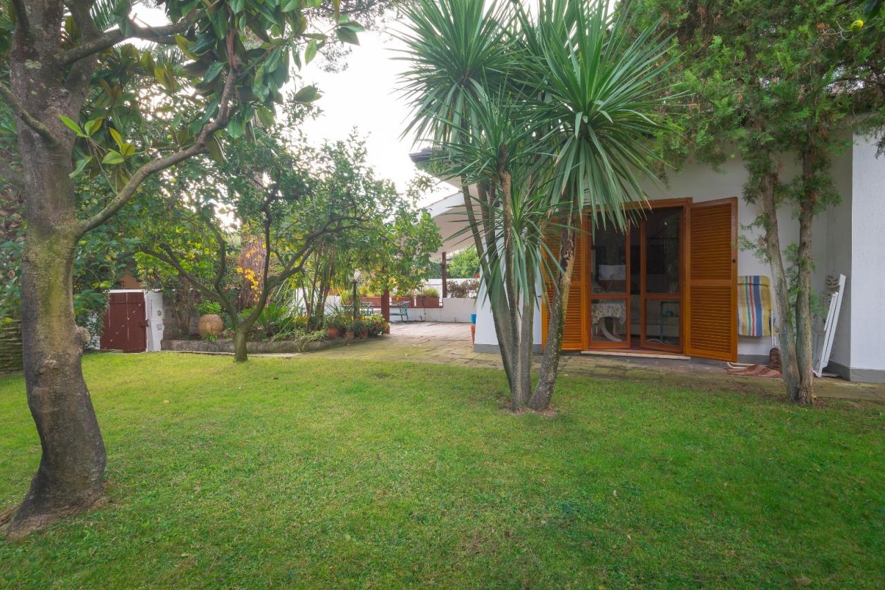 Villa in buone condizioni in vendita Rif. 7924253