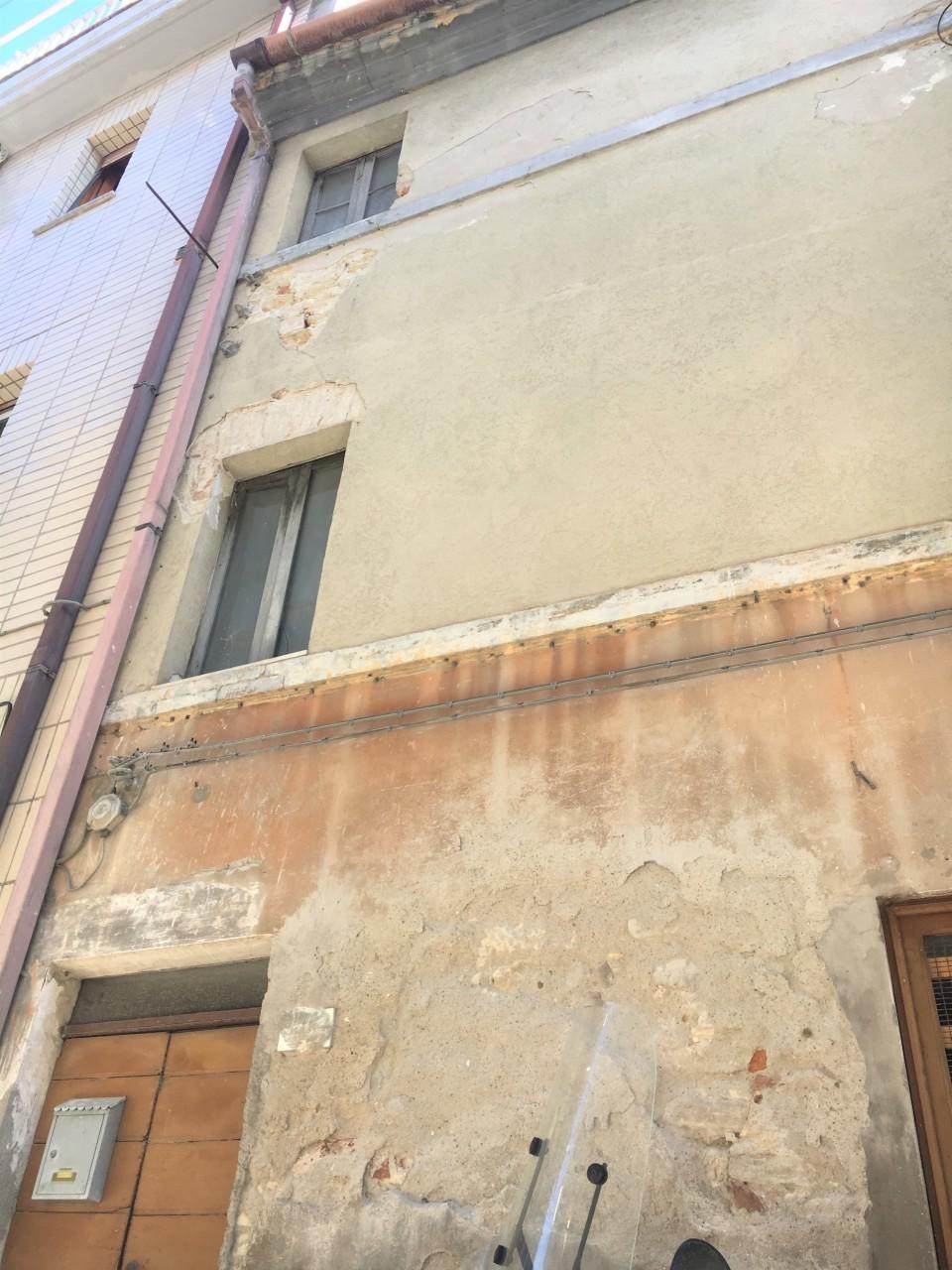 Casa Indipendente in discrete condizioni in vendita Rif. 8099652