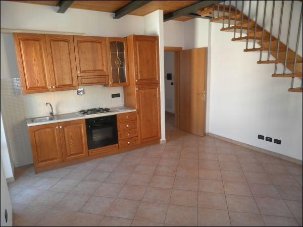 Bilocale arredato in affitto Rif. 11245456