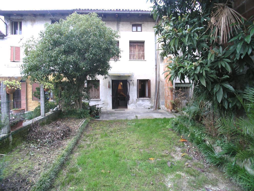 Soluzione Indipendente in vendita a Precenicco, 7 locali, prezzo € 65.000 | CambioCasa.it