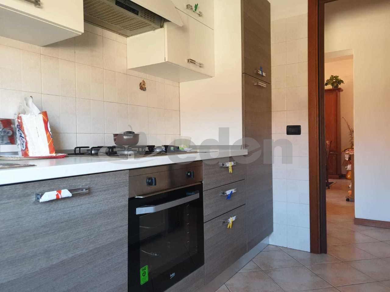 Stanza / posto letto in buone condizioni in affitto Rif. 10889946