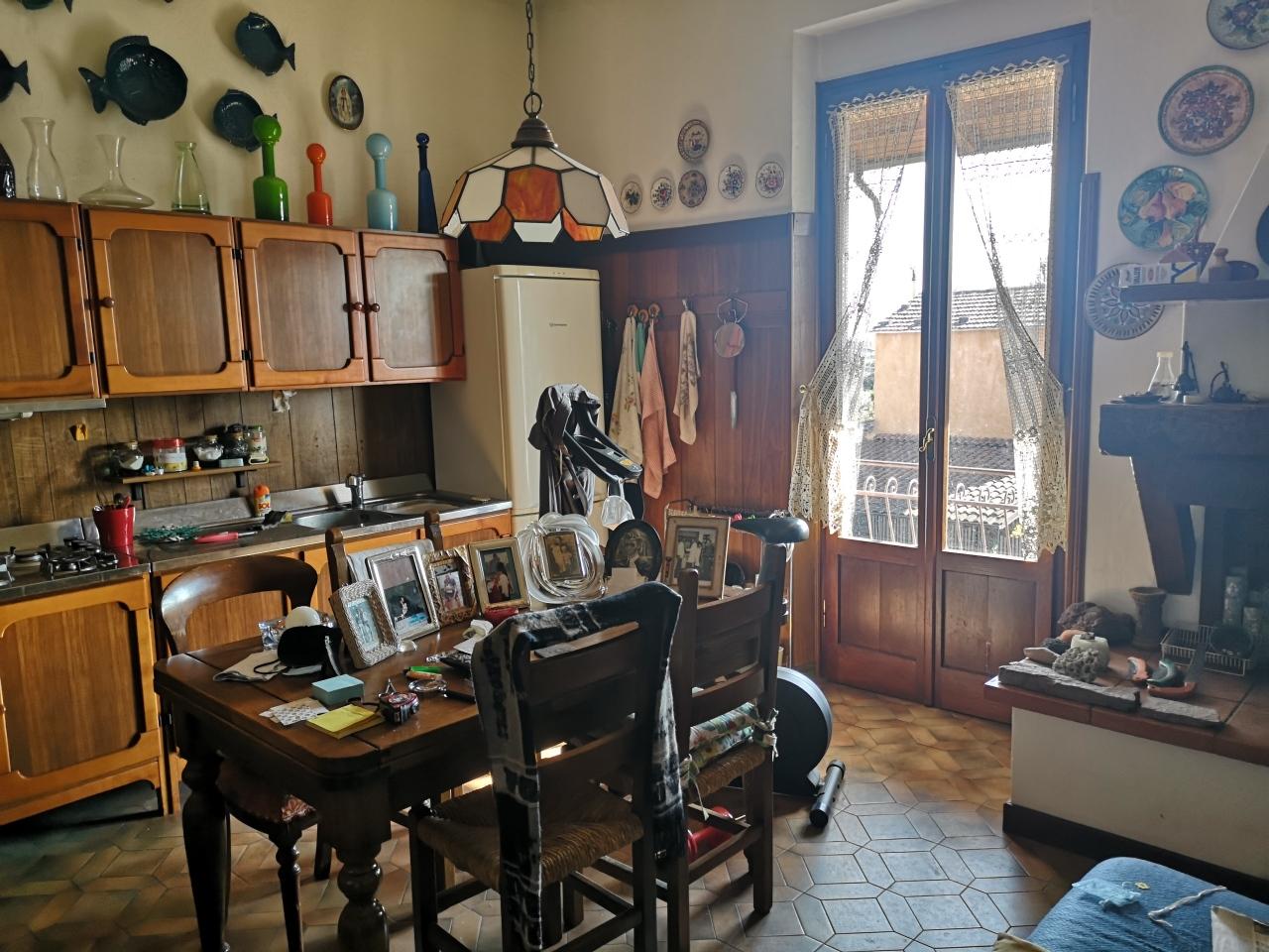 Casa semindipendente in vendita, rif. 2857