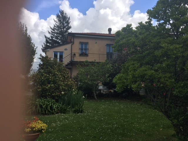Casa semindipendente in vendita, rif. 2368