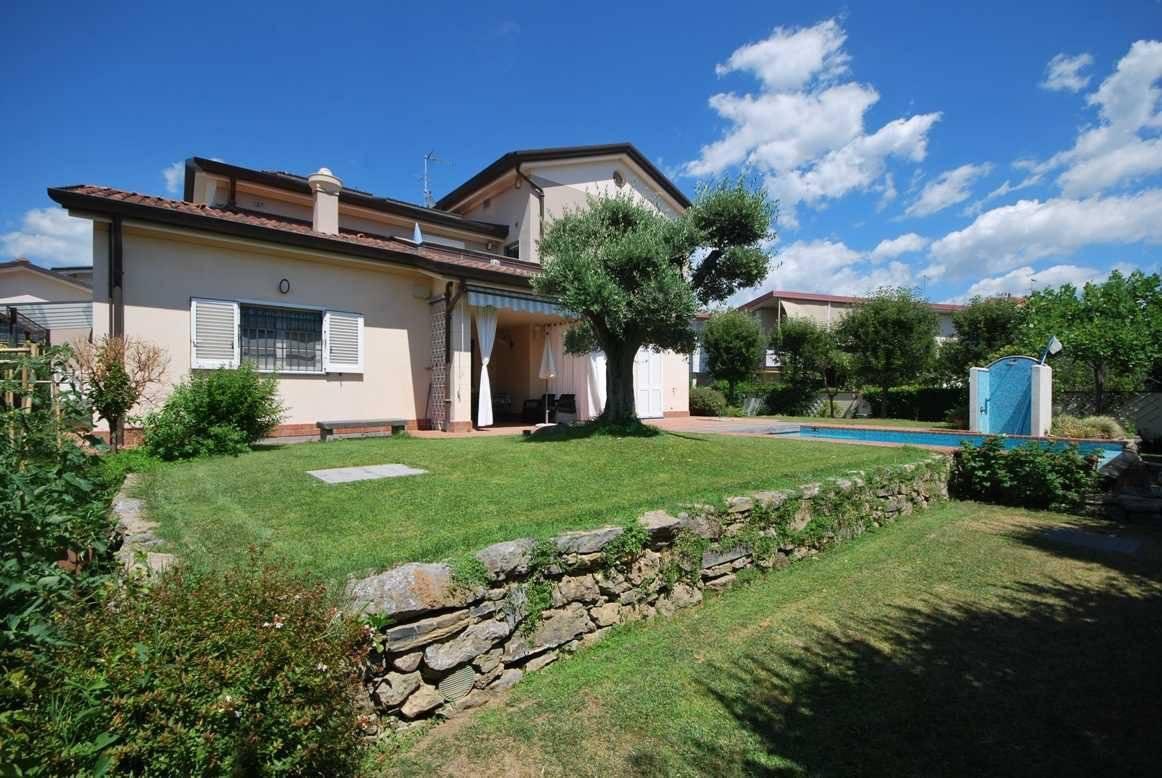 Villa singola in vendita a Castelnuovo Magra (SP)