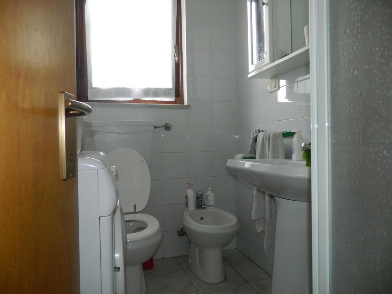 Casa semindipendente in vendita, rif. 2686