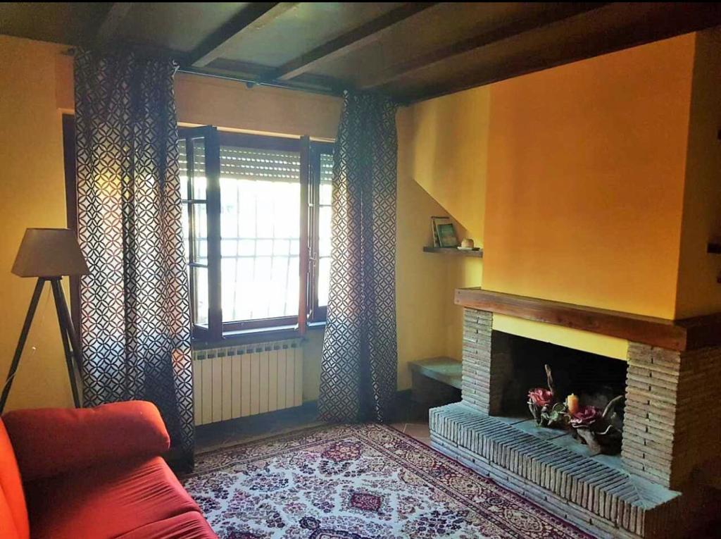 Casa semindipendente in affitto, rif. 2708
