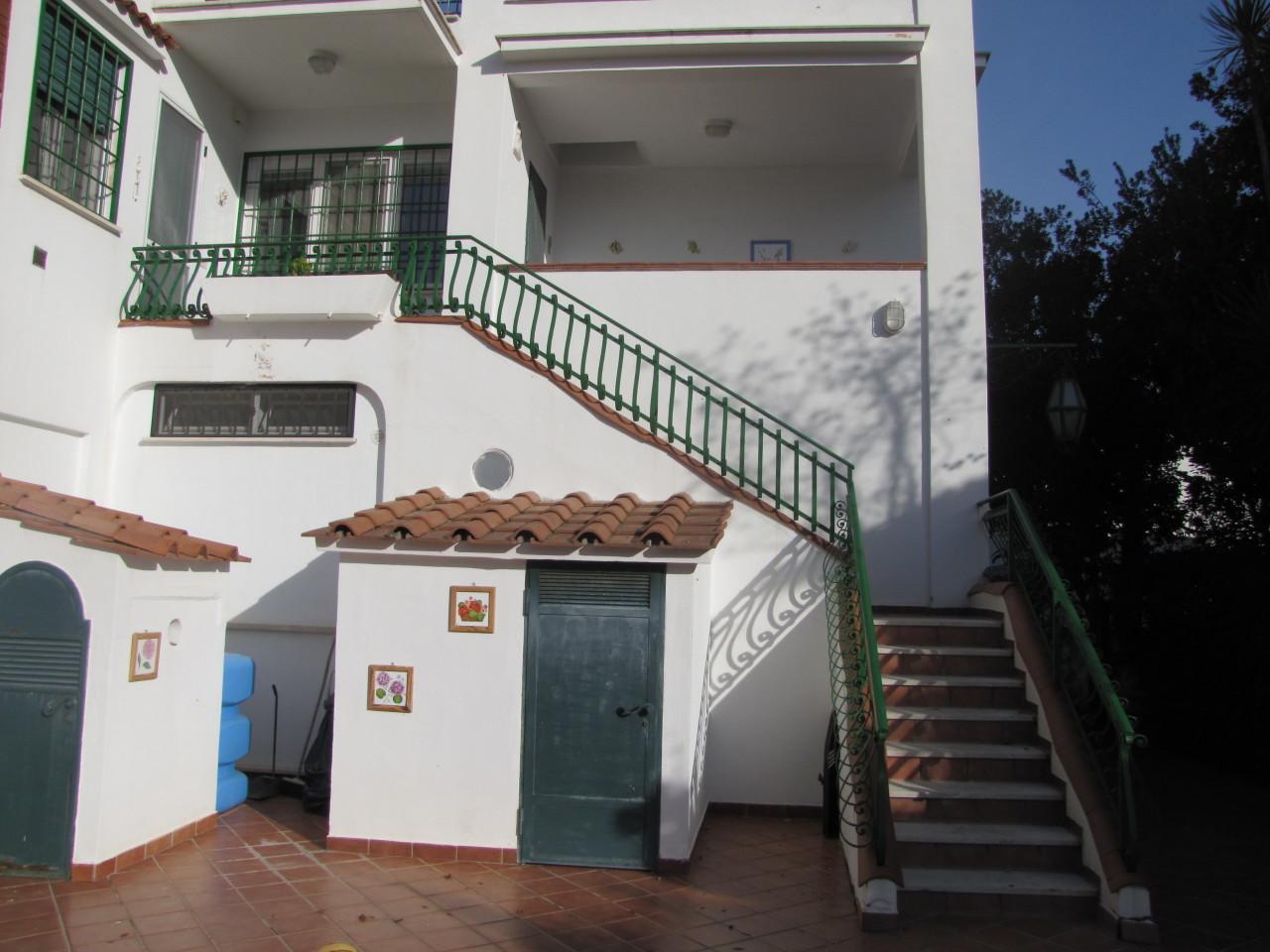 Appartamento ristrutturato in vendita Rif. 8859097