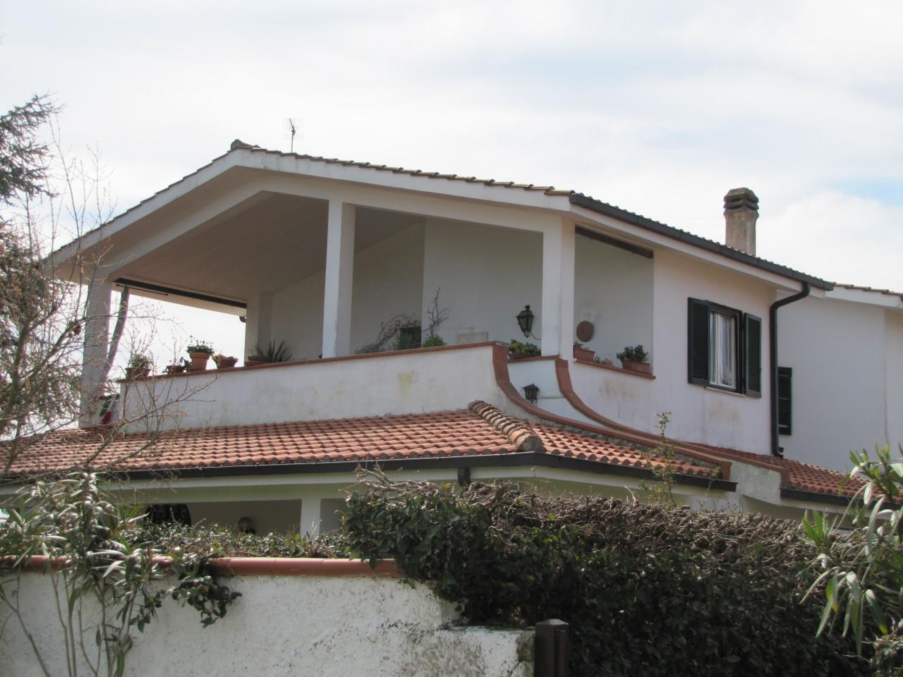 Appartamento - con giardino a San Felice Circeo