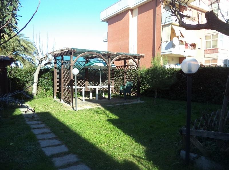 Appartamento - piano terra con giardino a Martinsicuro