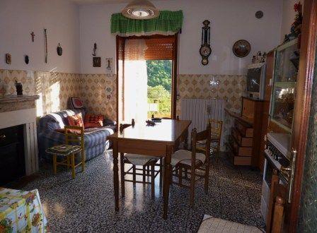 Appartamento in vendita a San Fele, 6 locali, prezzo € 69.000 | PortaleAgenzieImmobiliari.it
