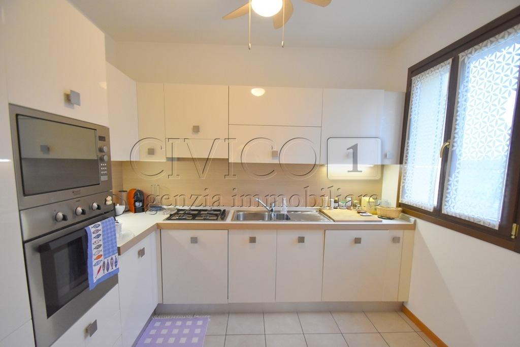 Appartamento - Bicamere a Bertesinella, Vicenza