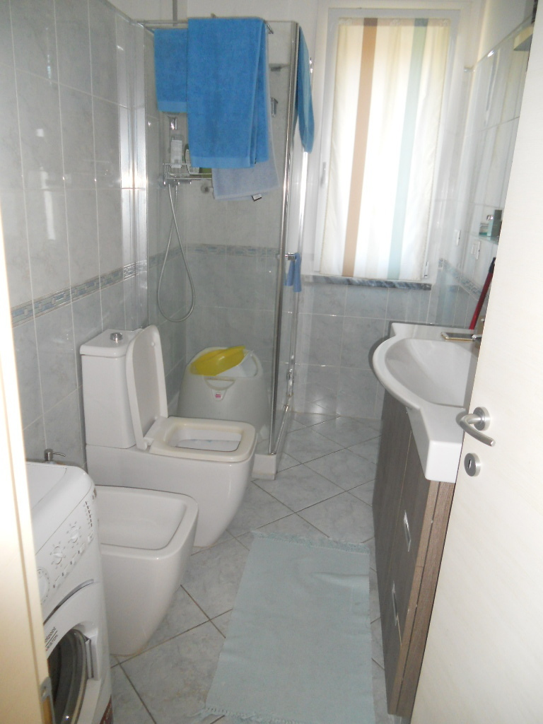 Appartamento in vendita, rif. 2379