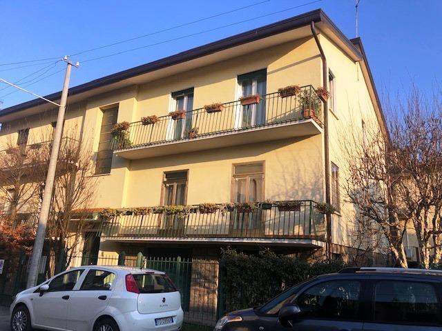 Appartamento in affitto Rif. 11897056