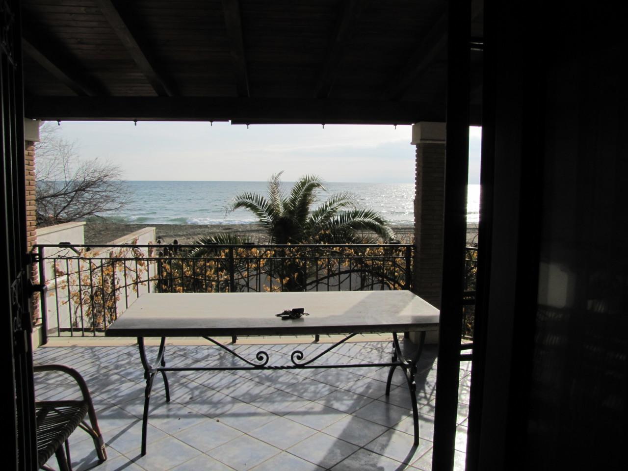 Villa ristrutturato in vendita Rif. 4162640