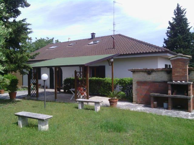 Villa in buone condizioni in vendita Rif. 4145619