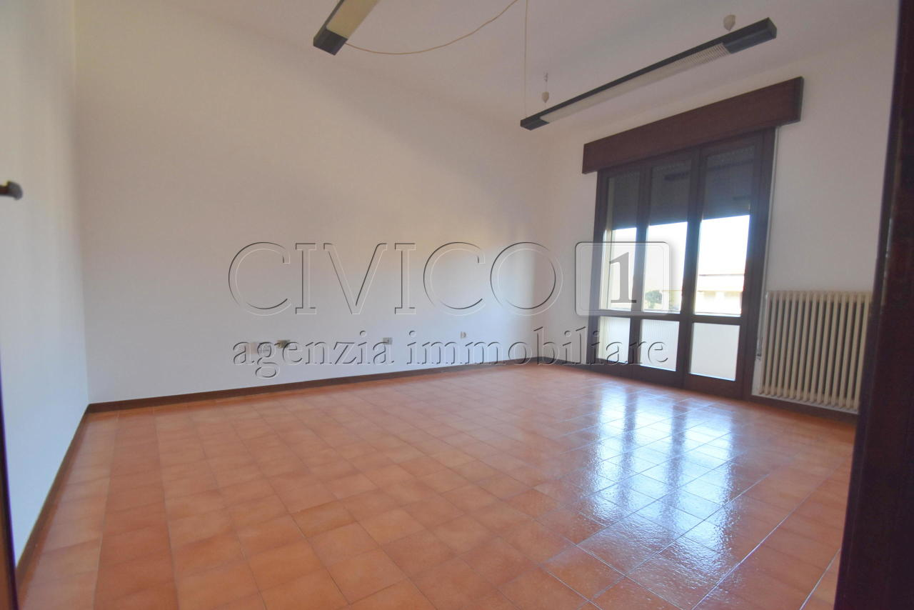 Appartamento in affitto a Rubano, 4 locali, prezzo € 600 | CambioCasa.it