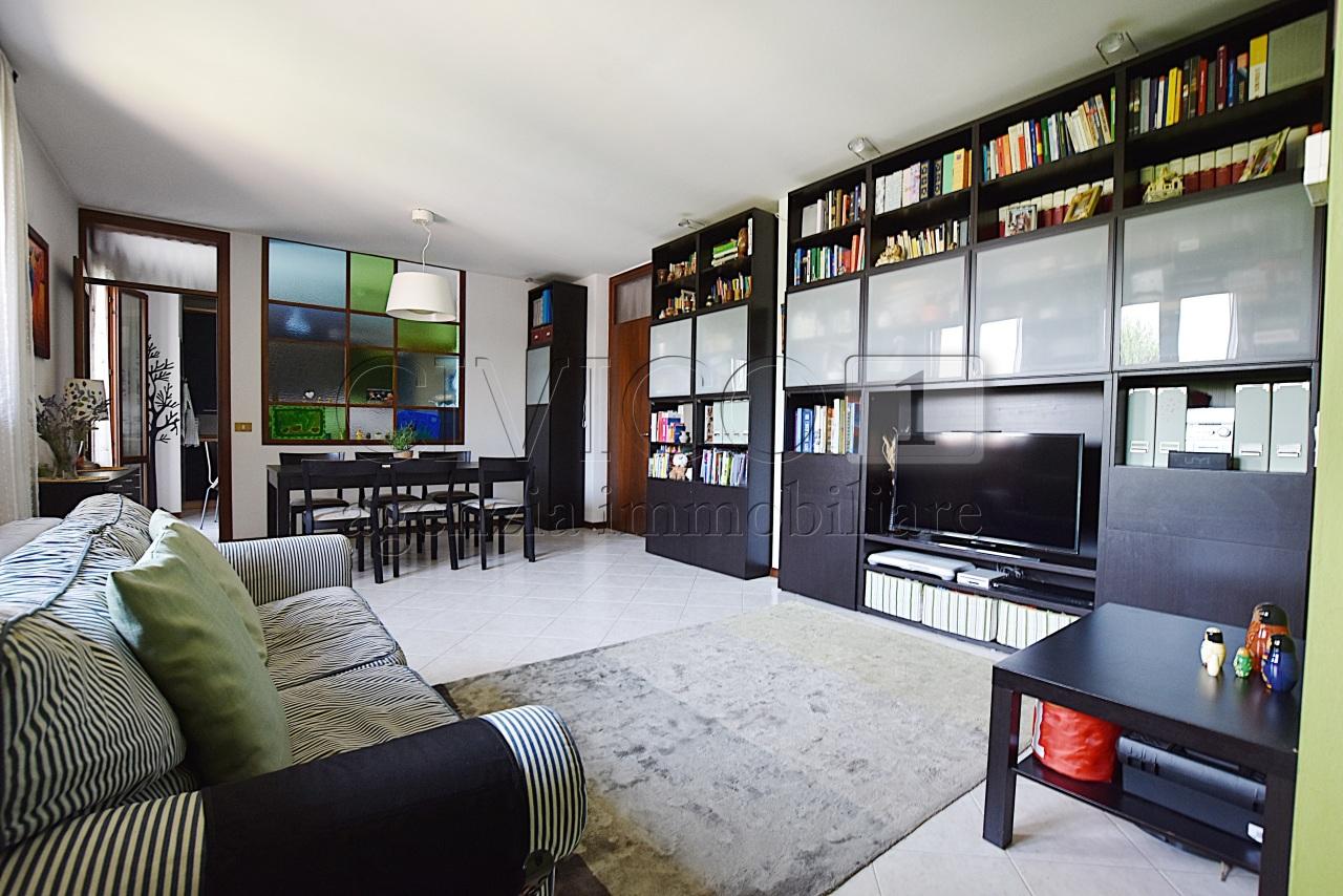 Appartamento in vendita a Rubano, 4 locali, prezzo € 118.000   CambioCasa.it