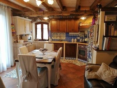 Casa semindipendente in vendita, rif. 2740