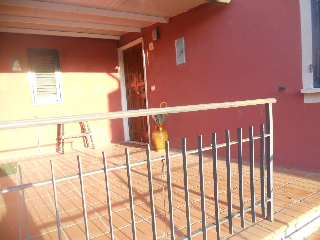 Casa semindipendente in vendita, rif. 2027