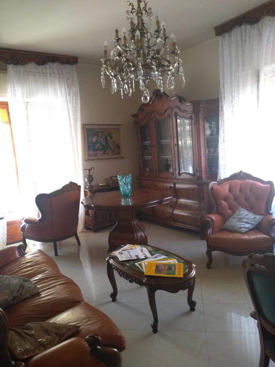 Appartamento in vendita, rif. 2690