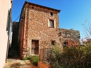 Casa semindipendente in vendita a Riccò del Golfo di Spezia (SP)