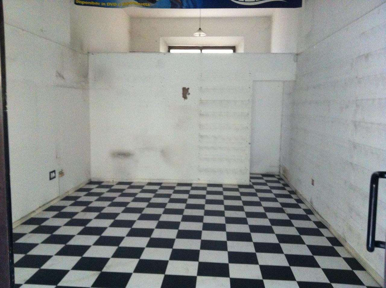 Capannone in affitto a Pontedera, 1 locali, prezzo € 700 | CambioCasa.it